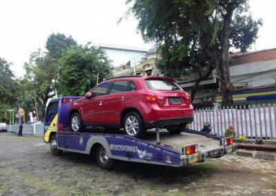 Layanan Jasa Derek Mobil Tercepat untuk Dalam dan Luar Kota Jakarta (19)